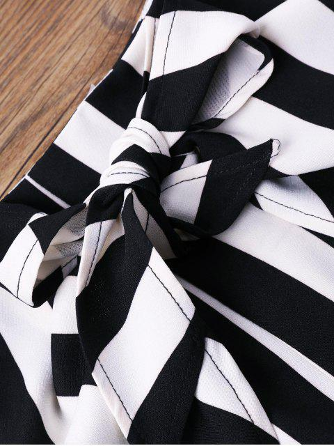 Conjunto de dos piezas de pantalones cortos a rayas con volantes - Negro S Mobile