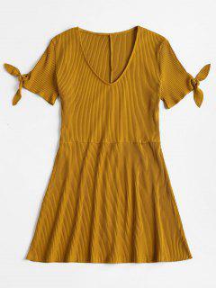 Vestido Patinador Con Cuello En V Manga Larga - Amarillo Brillante M