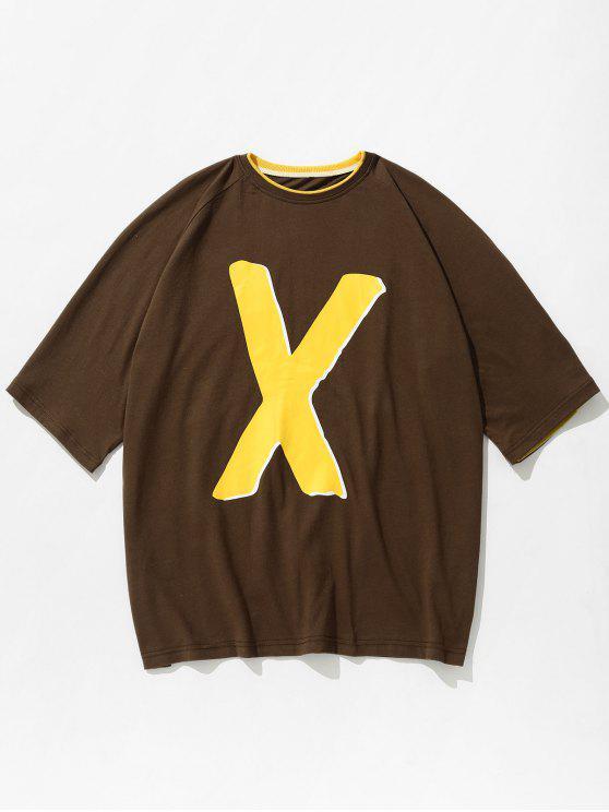 Camiseta estampada con dos letras de tono - Marrón Oscuro M