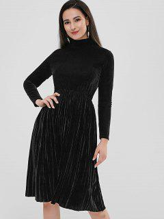 Velvet Midi Pleated Dress - Black M