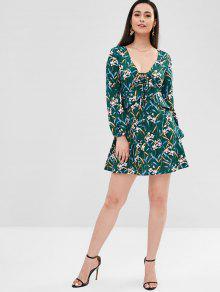 126d3986b840 26% OFF] 2019 Floral Long Sleeve Mini Skater Dress In DEEP GREEN | ZAFUL