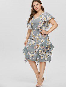 الكشكشة بالاضافة الى حجم فستان زهري - متعدد 1x