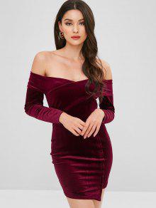 فستان مخملي غير متساوي الكتف بدون أكتاف - نبيذ احمر S