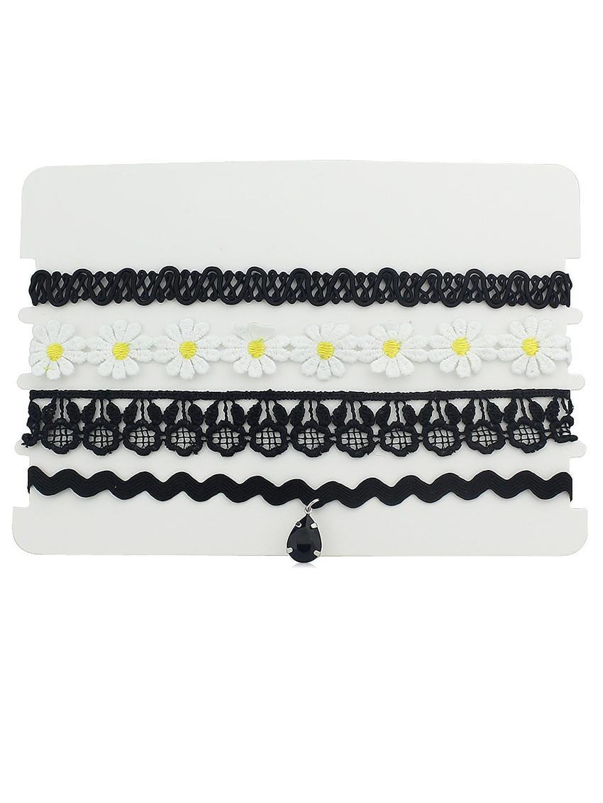 4Pcs Lace Daisy Pattern Choker Necklace