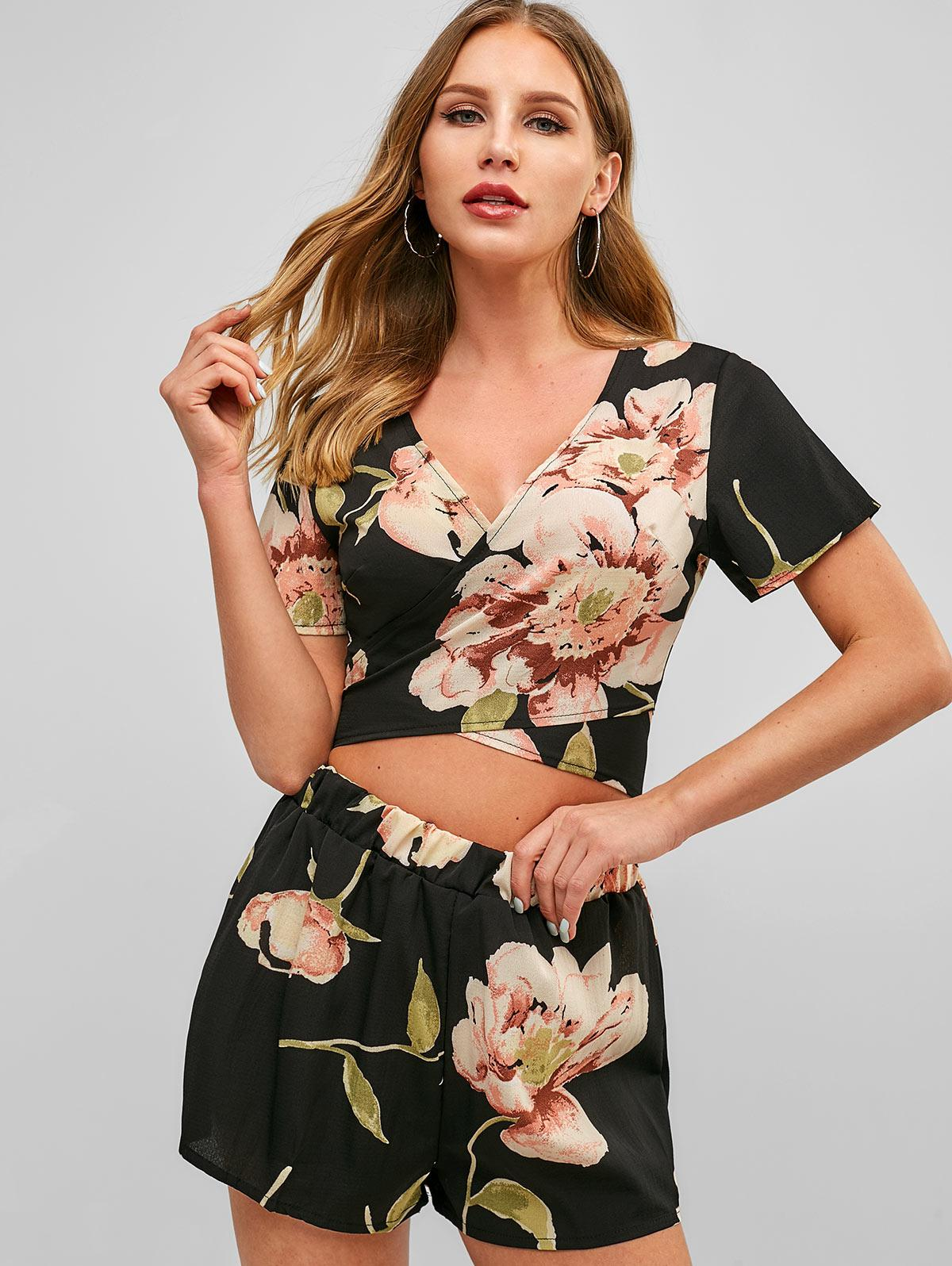 Floral Print Wrap Top and Shorts Set, Black