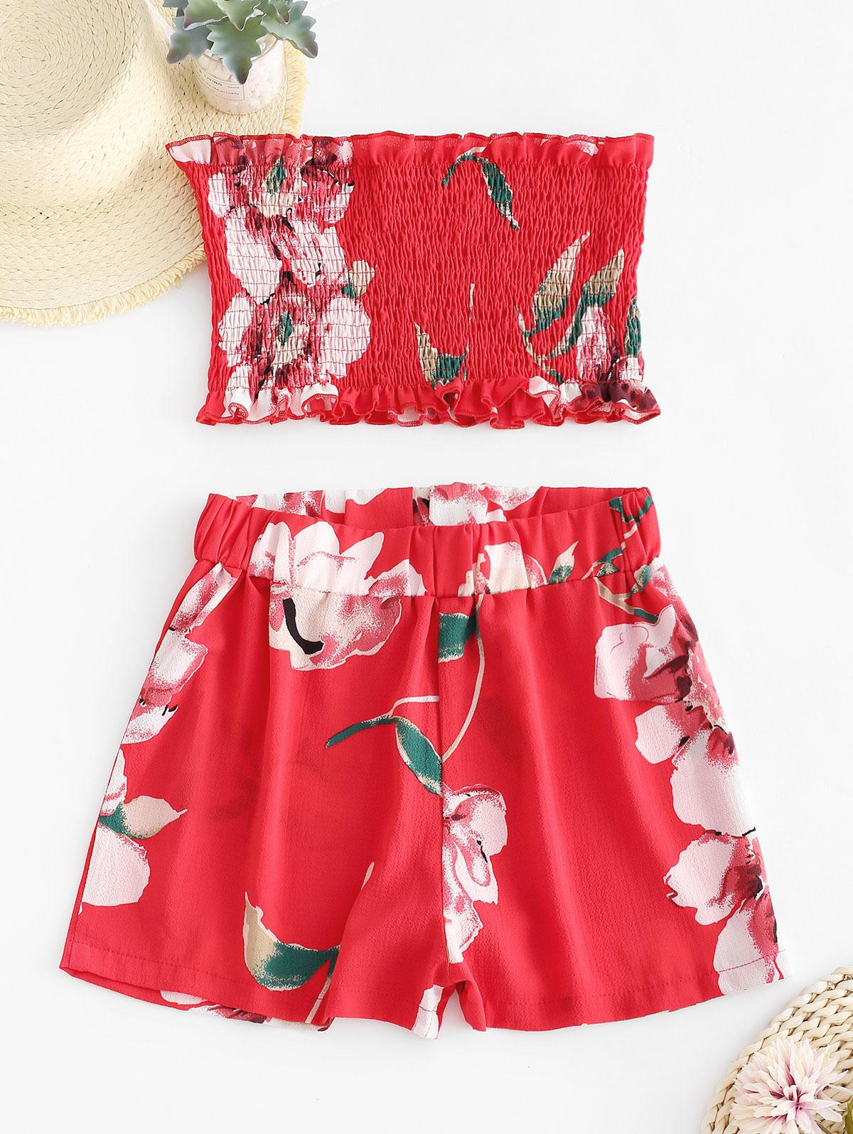 ZAFUL Smocked Floral Bandeau Top And Shorts Set, Ruby red