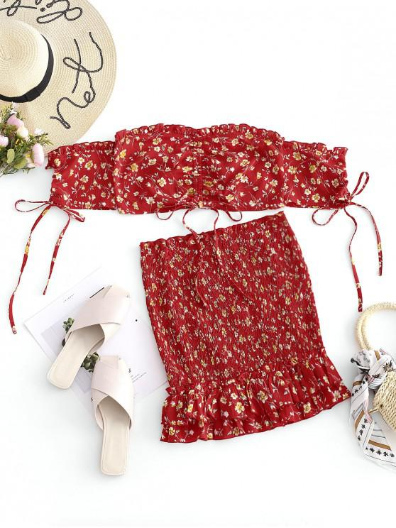 outfits ZAFUL Floral Smocked Ruffle Skirt Set - RED M