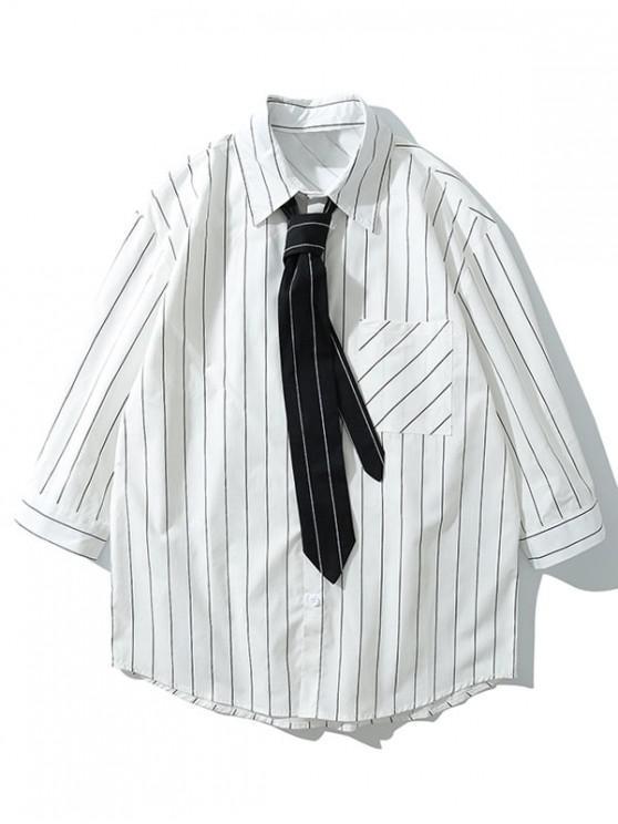 Camisa con botones y dobladillo curvo con estampado de rayas en el pecho con corbata - Blanco XL