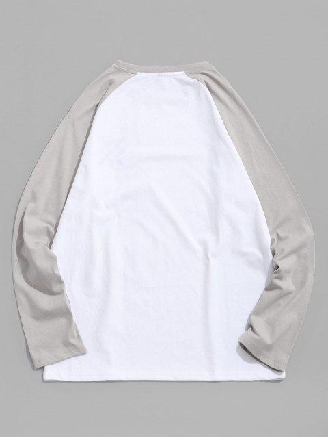 Raglán de la letra del bordado de color bloque empalmado Tee - Platino L Mobile