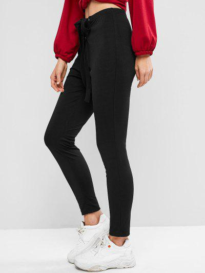10 Things every woman should have in her closet- Black Pants