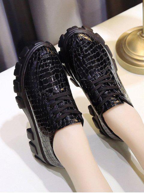 trendy Animal Embossed Low Top Platform Boots - BLACK EU 38 Mobile