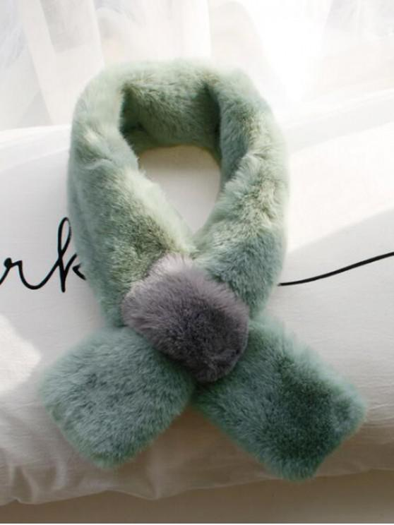 Colorblock فو الفراء وشاح الرقبة - الفستق الأخضر