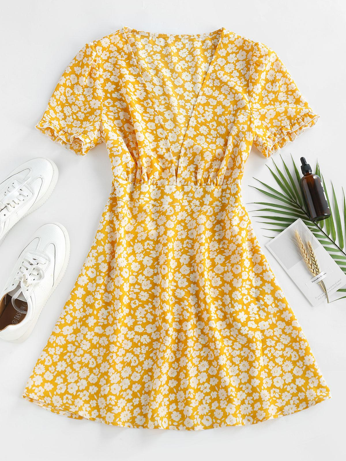 ZAFUL Ditsy Floral Plunge Frilled Mini Dress