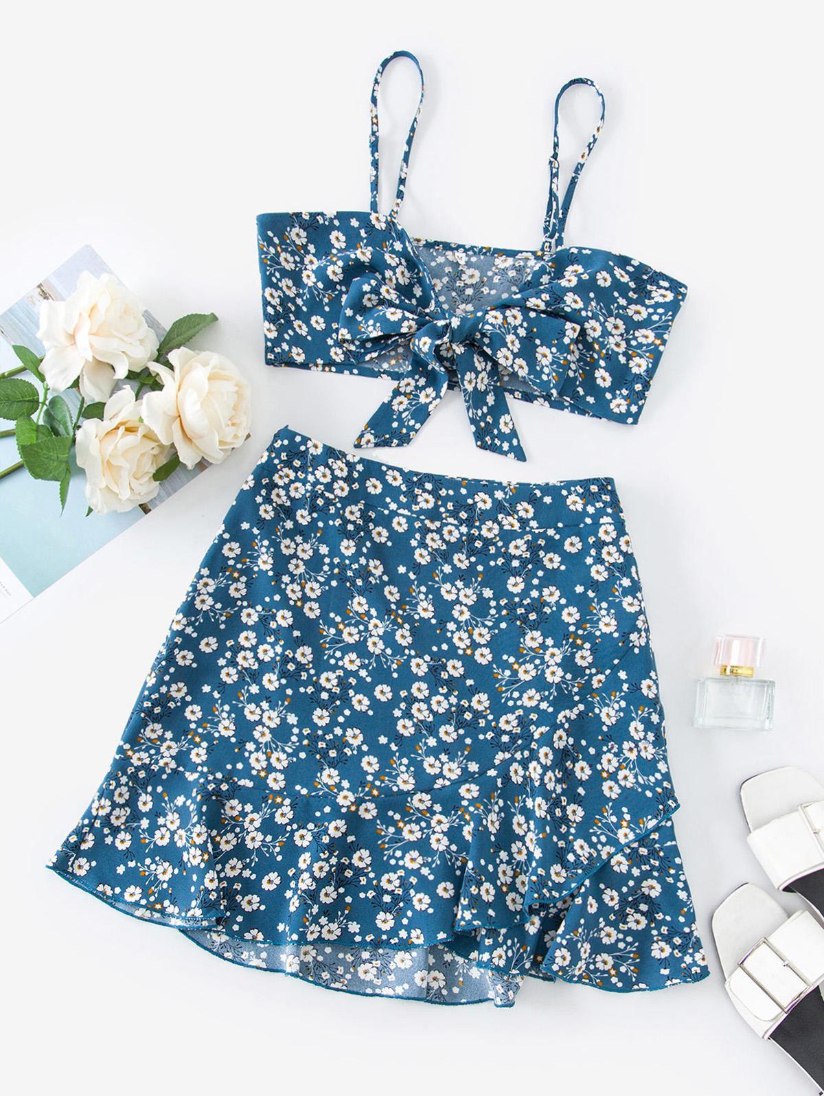 ZAFUL Ditsy Print Tie Front Ruffle Skirt Set