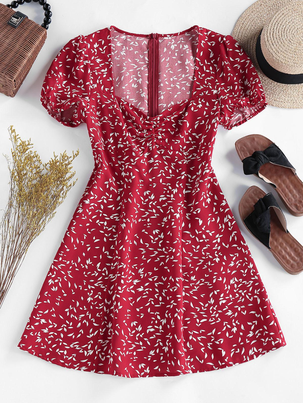ZAFUL Ditsy Leaf Sweetheart Neck Mini Dress