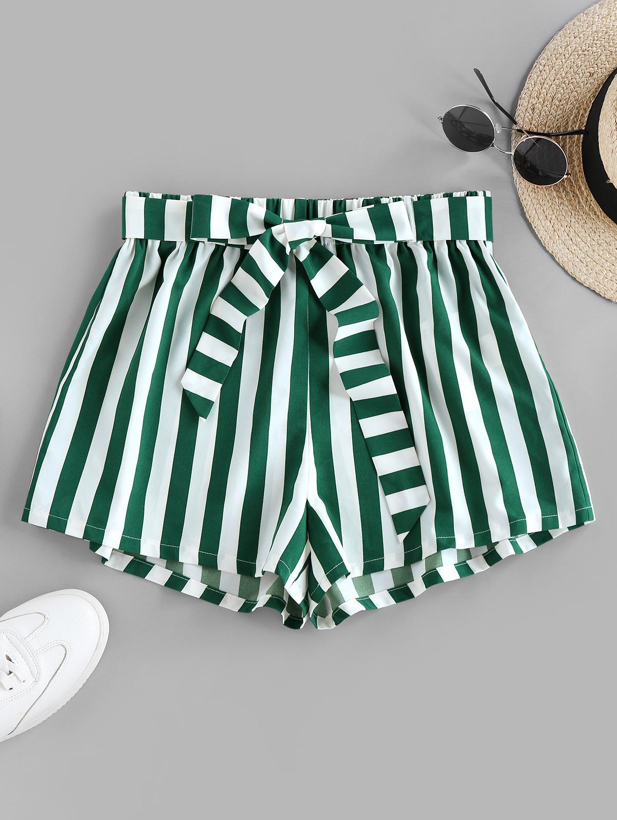 ZAFUL Stripe Belted Shorts