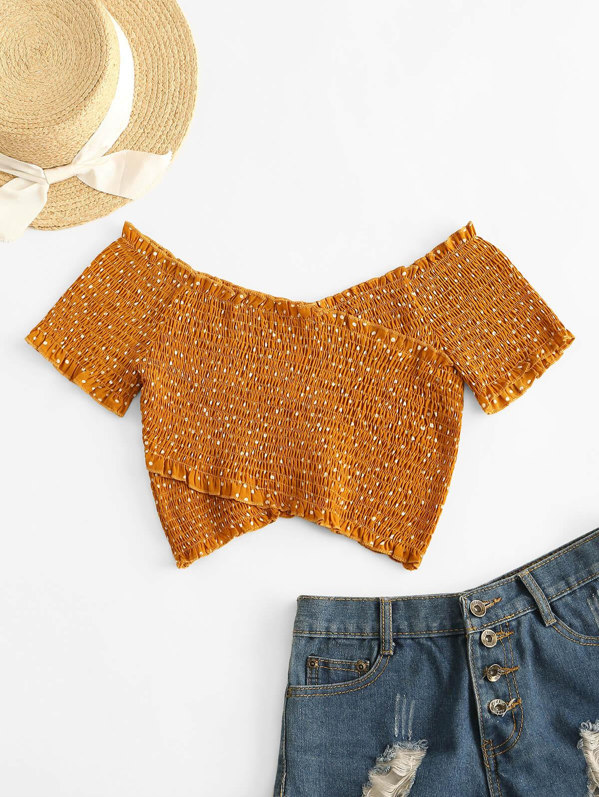 ZAFUL Dotted Smocked Off Shoulder Top фото