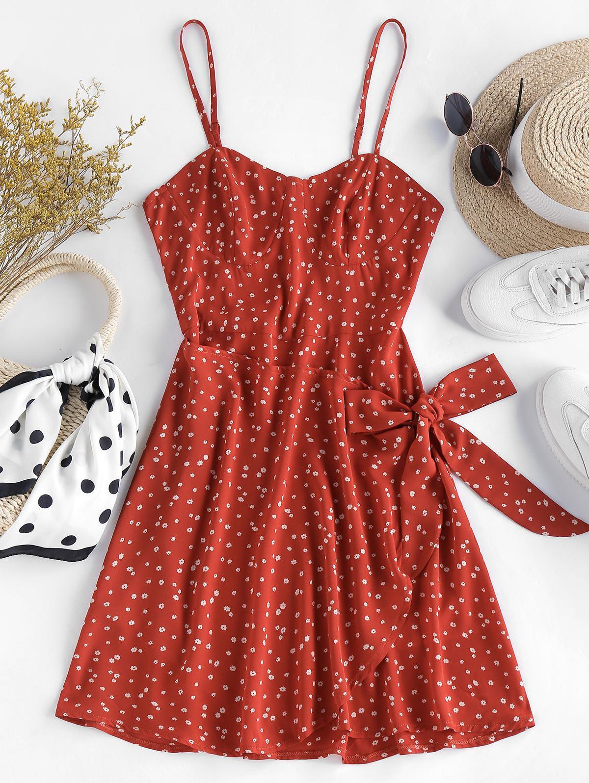 ZAFUL Front Tie Ditsy Print Cami Dress