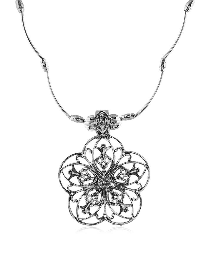 Retro Hollow Out Flower Necklace
