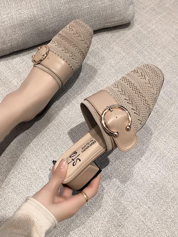 Square Toe Buckled Chunky Heel Shoes
