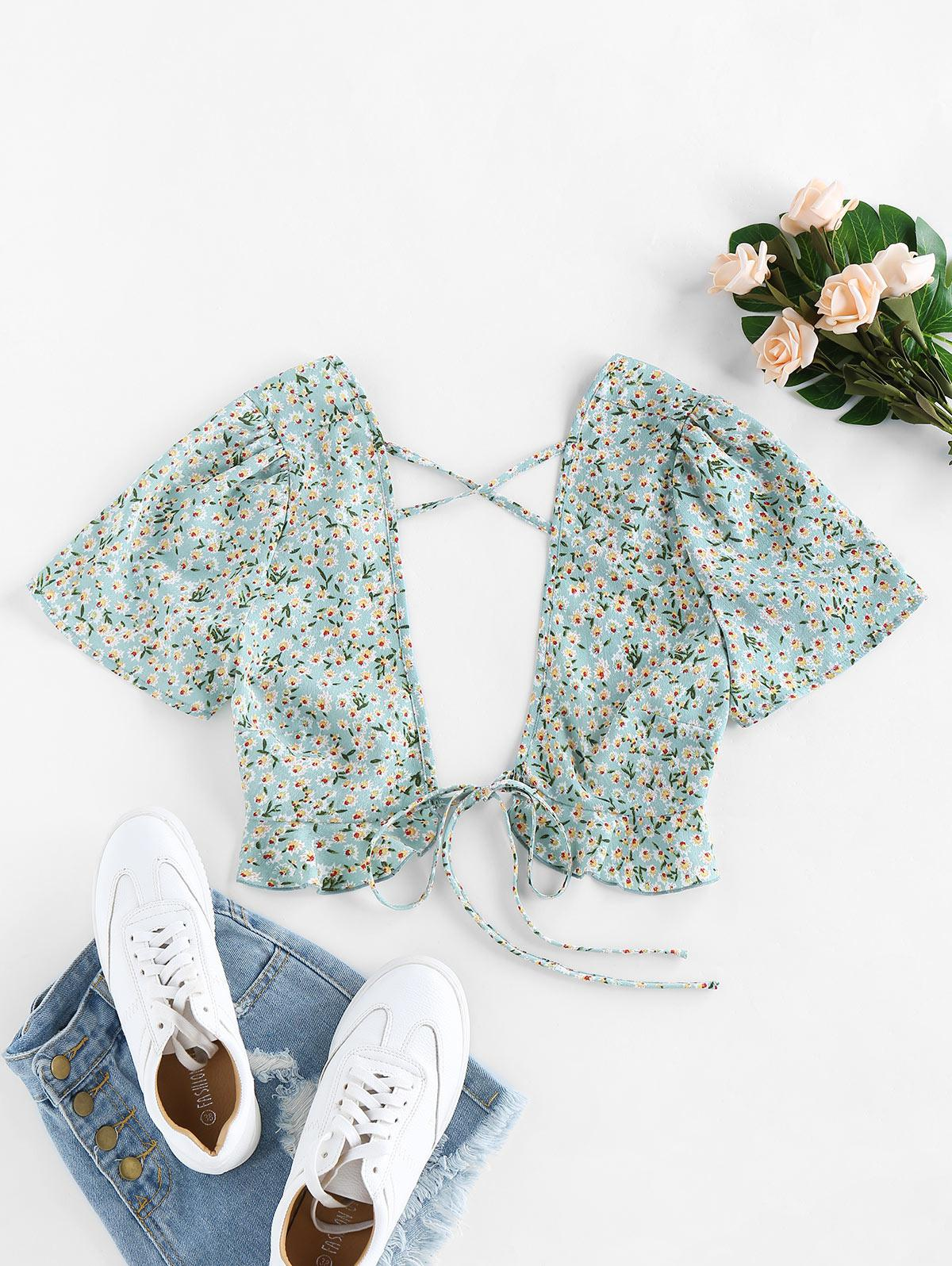 ZAFUL Ditsy Floral Plunging Cross Ruffle Tie Top
