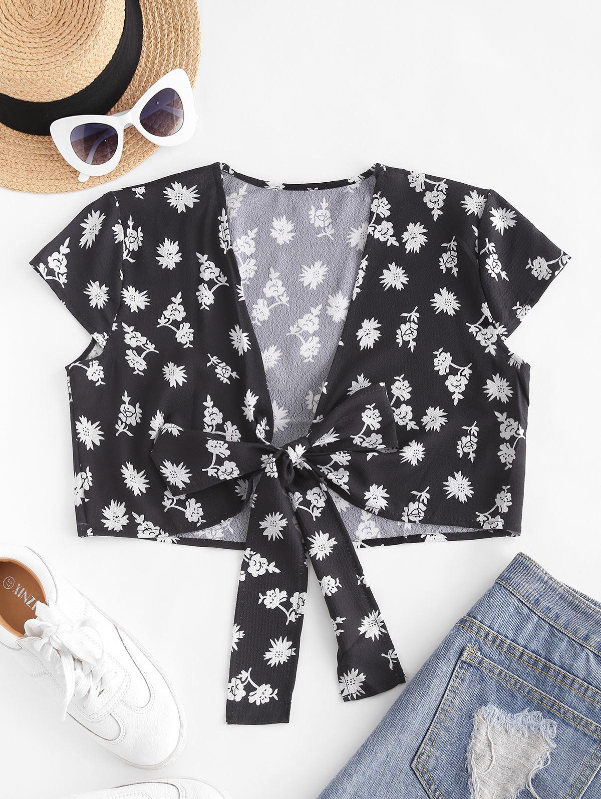 Ditsy Floral Cropped Tie Front Blouse
