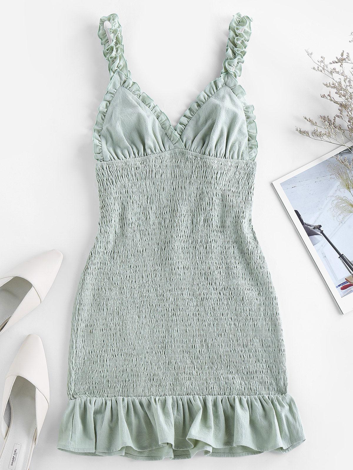 ZAFUL Smocked Ruffled Bodycon Dress