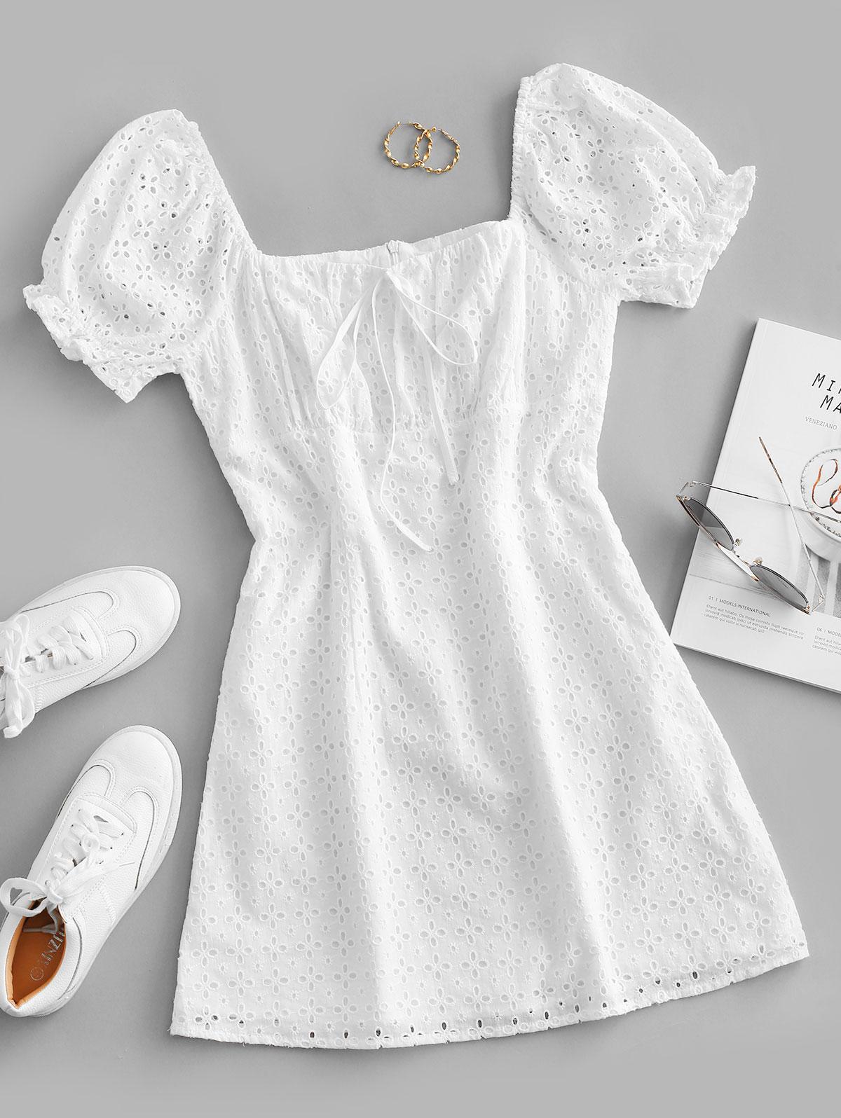 ZAFUL Eyelet Bowknot Puff Sleeve Mini Dress