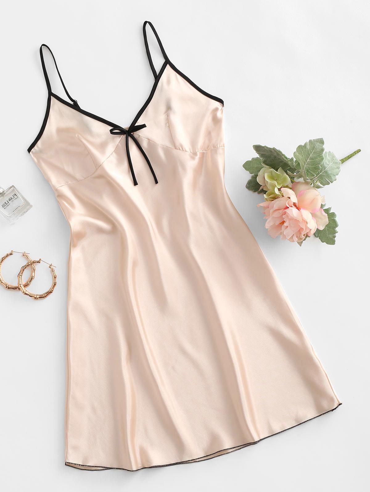 Contrast Trim Bowknot Satin Night Dress