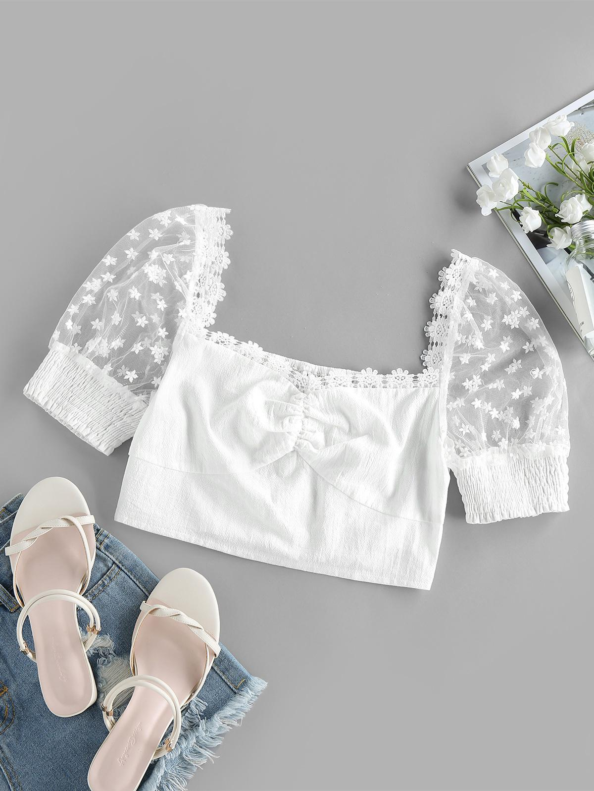 ZAFUL Lace Insert Flower Embroidered Ruched Crop Blouse