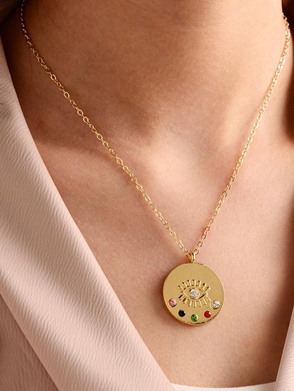 Eye Shape Chain Pendant Necklace