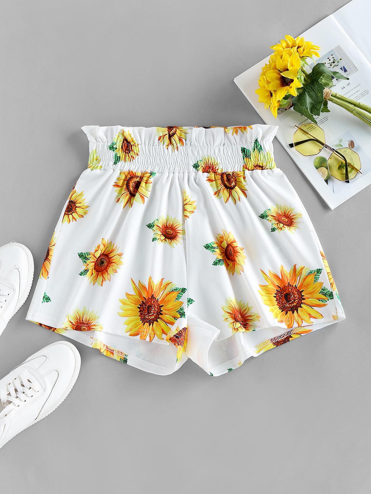 ZAFUL Sunflower Print Ruffle Waist Shorts