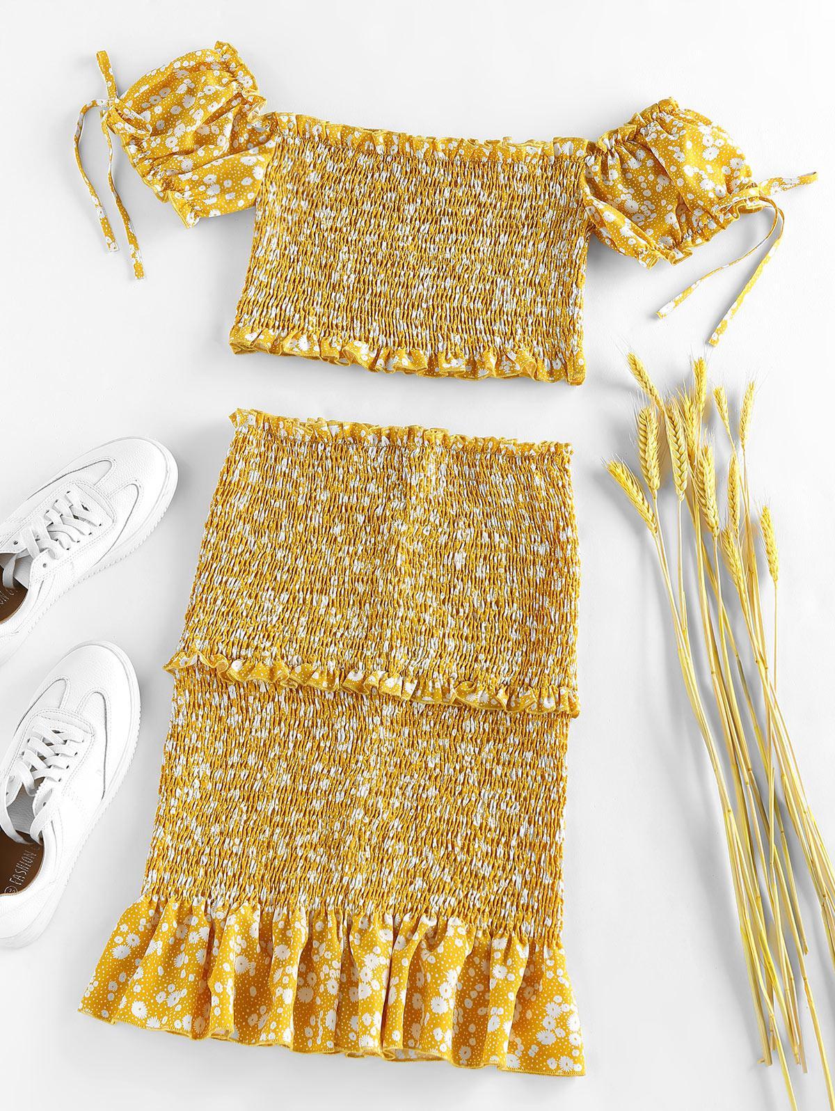 ZAFUL Ditsy Print Smocked Ruffle Puff Sleeve Mermaid Skirt Set