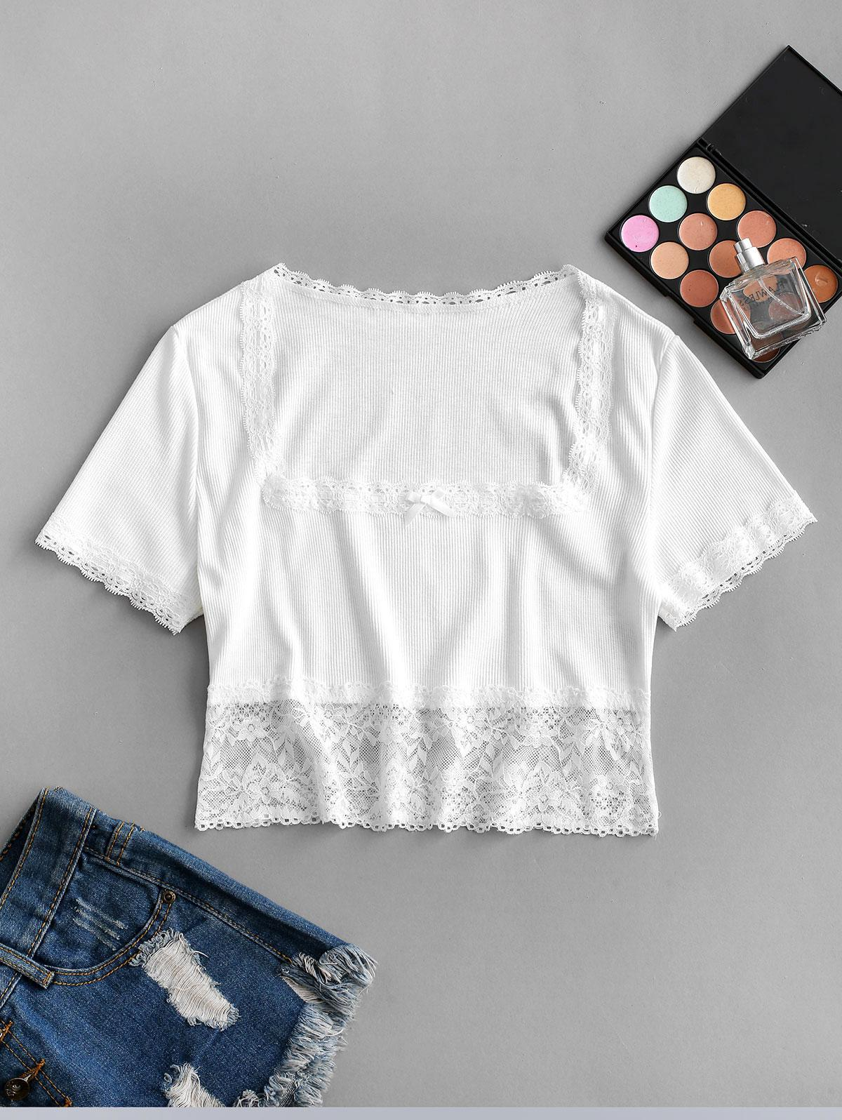 Ribbed Scalloped Lace Panel Cropped Tee