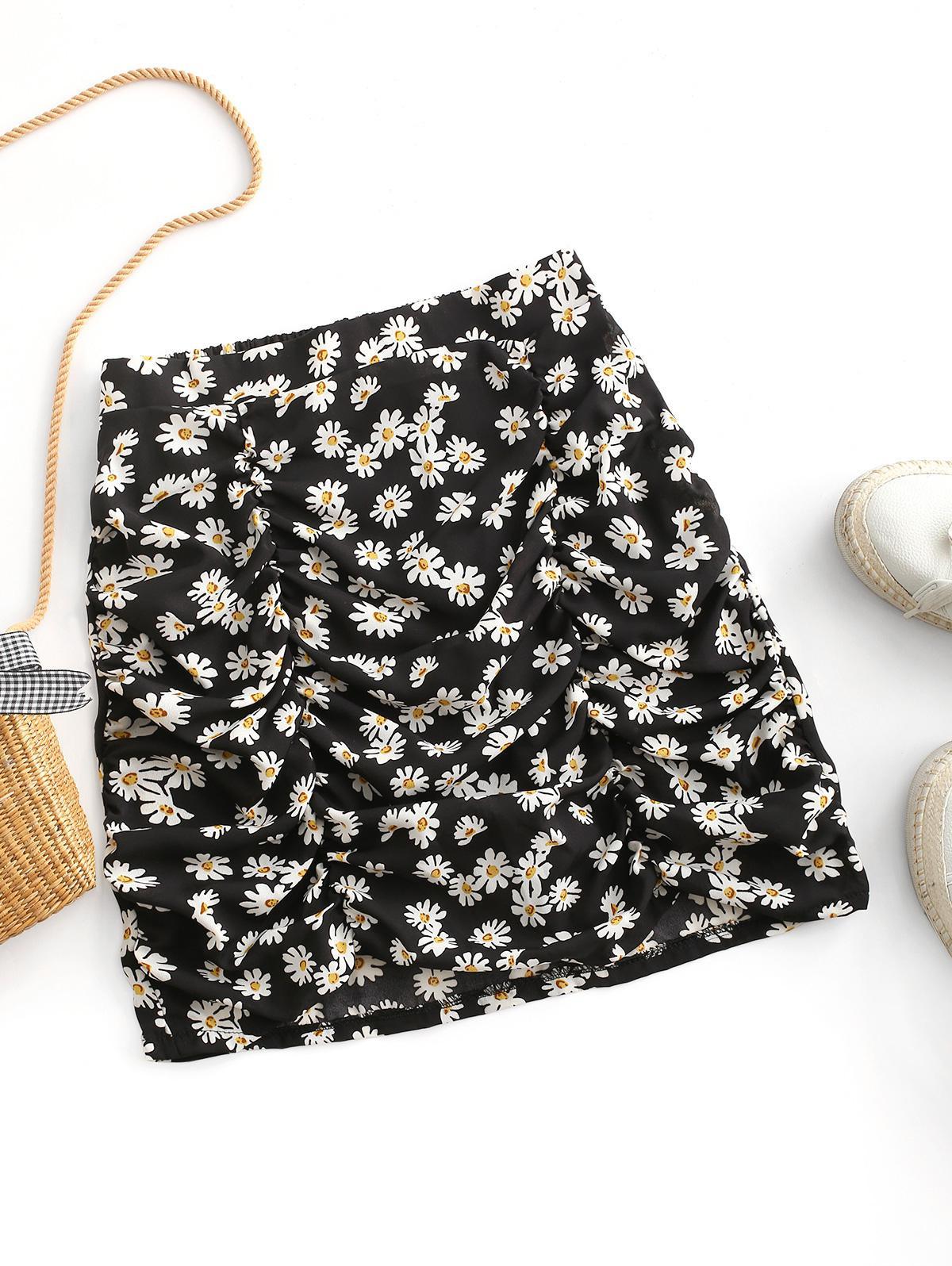 Daisy Print Ruched Mini Skirt