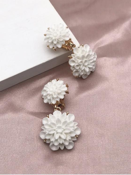 Resin Flower Clip On Earrings - أبيض