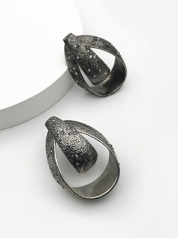 Antique Water Drop Rhinestone Stud Earrings