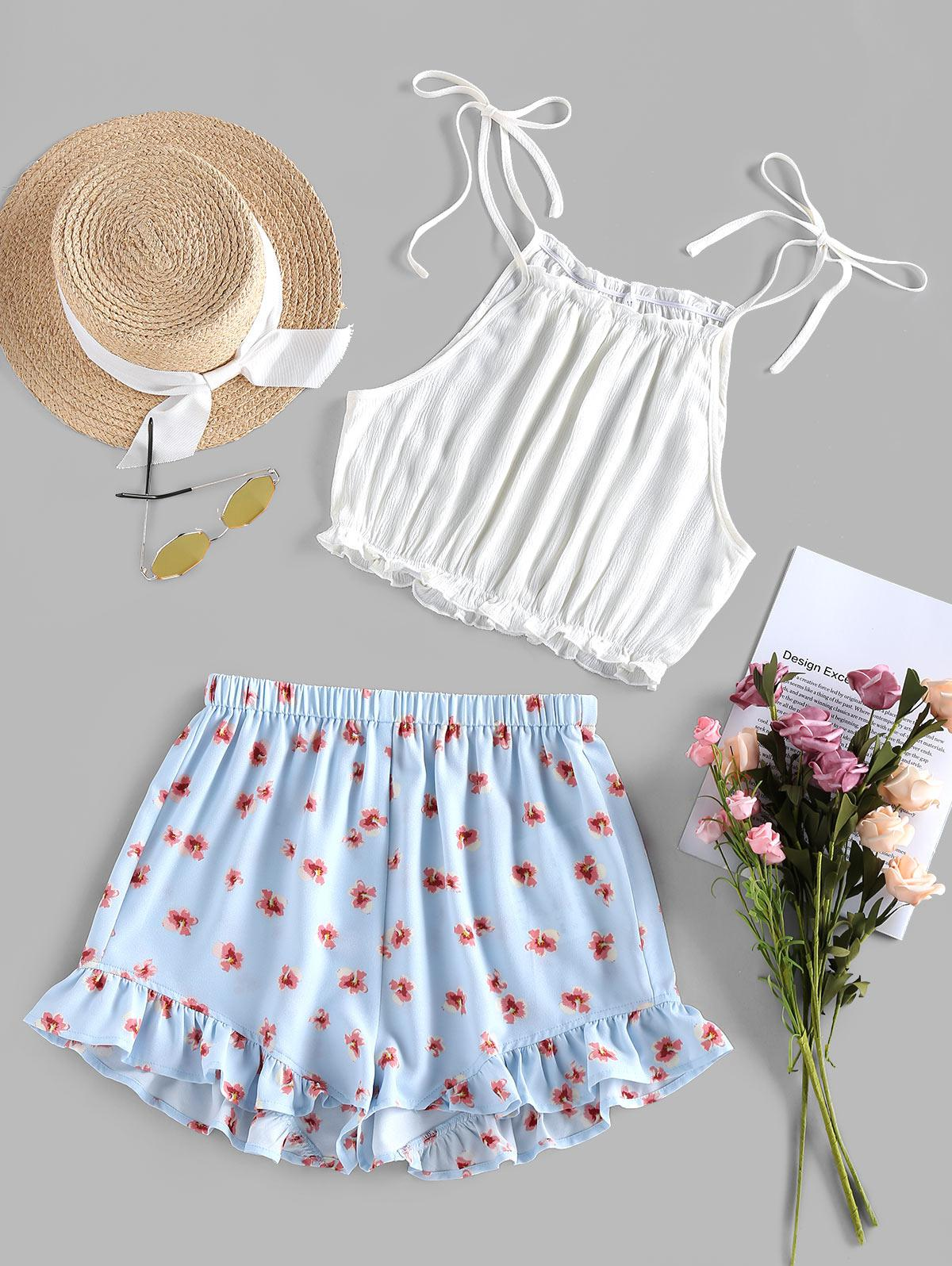 ZAFUL Tied Crop Top and Floral Shorts Two Piece Set
