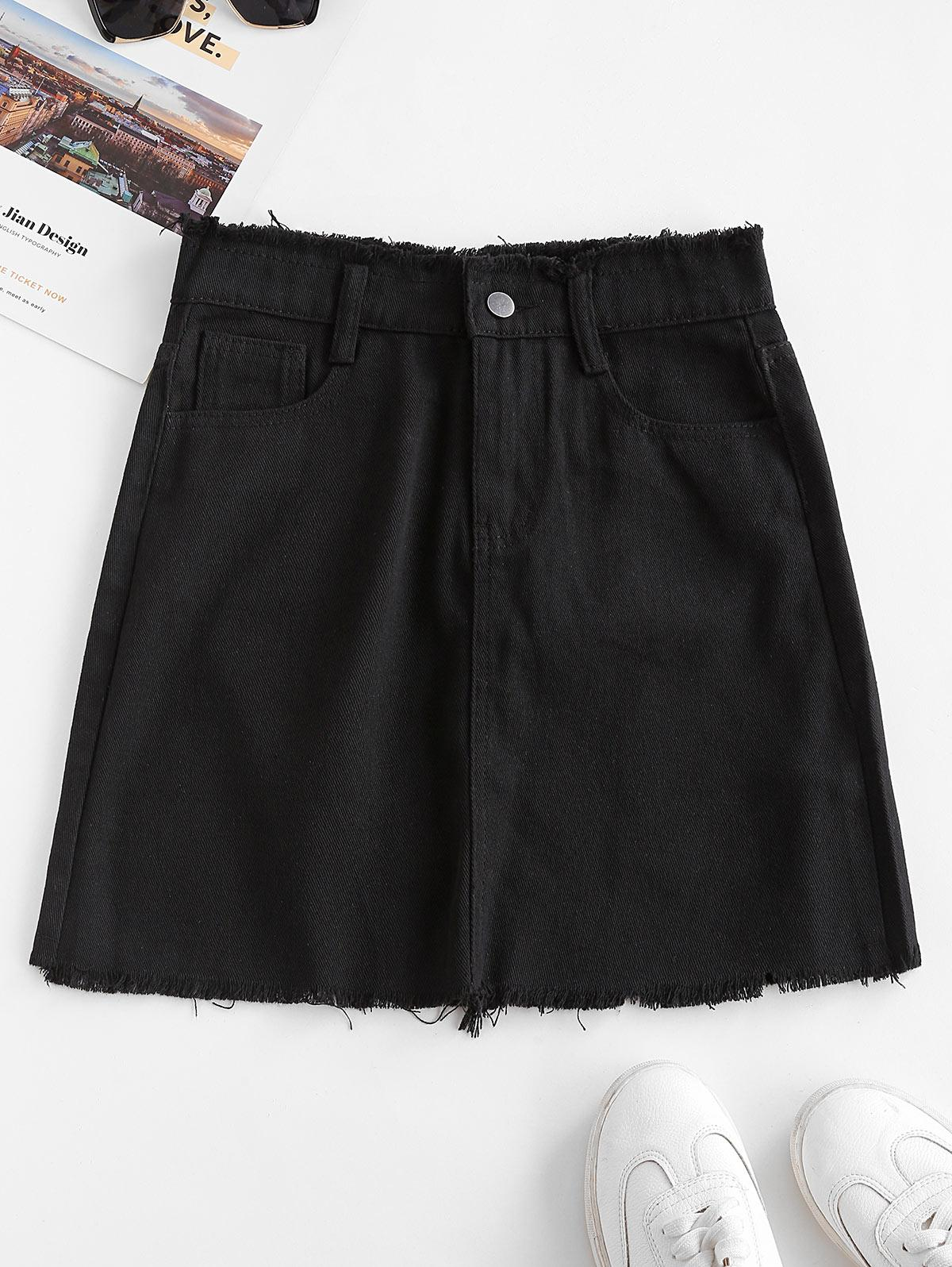 Frayed Pocket Mini Denim Skirt