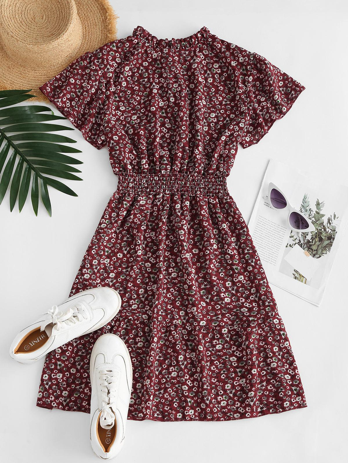 Ditsy Floral Ruff Collar Flutter Sleeve Dress