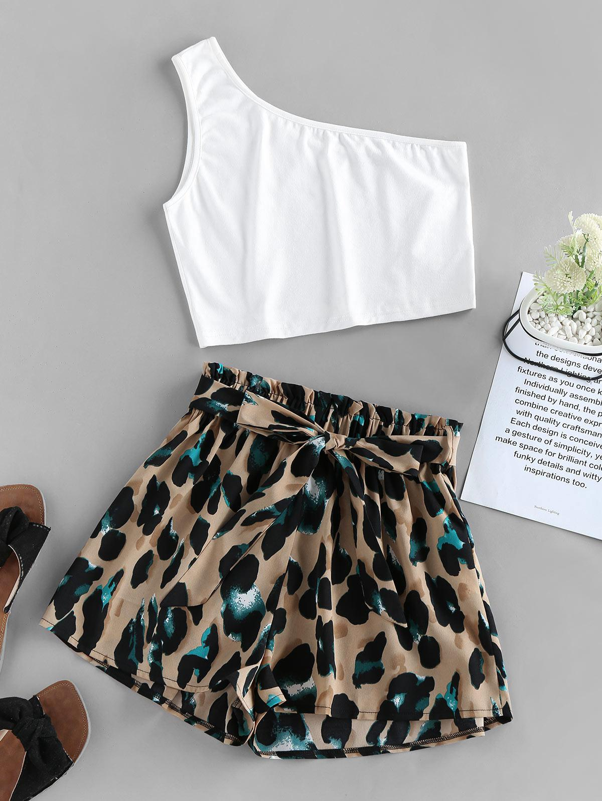 ZAFUL One Shoulder Leopard Paperbag Shorts Set