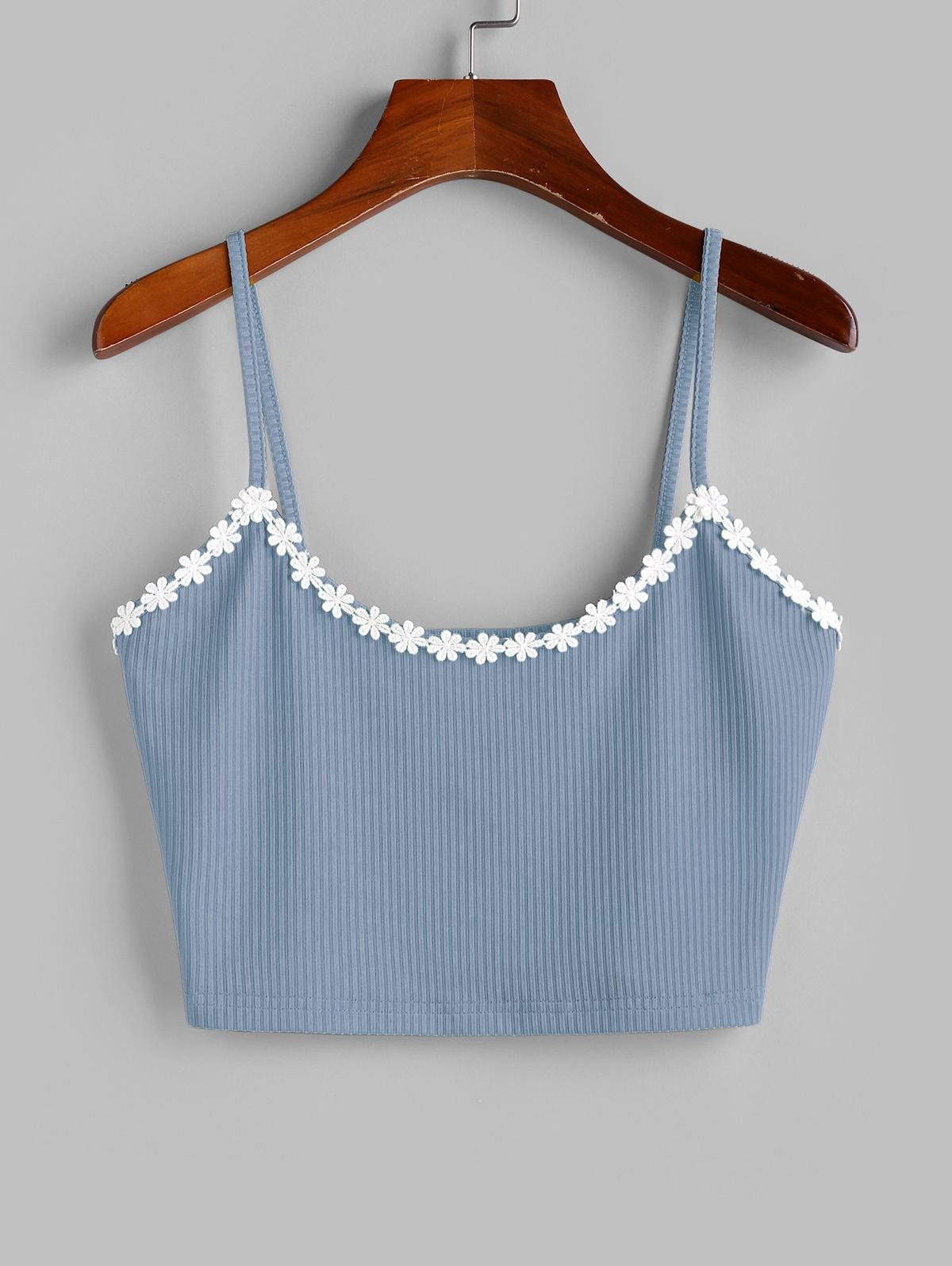 ZAFUL Flower Applique Ribbed Crop Cami Top