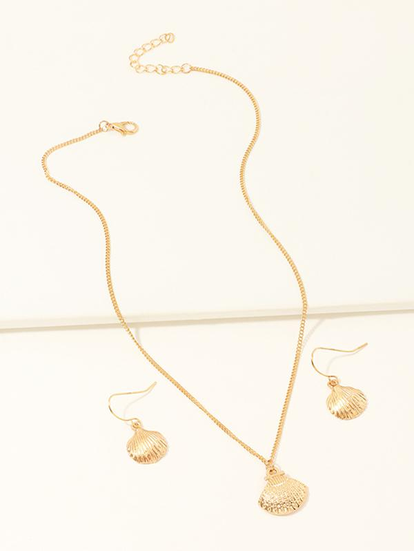 Golden Shell Hollow Out Pendant Necklace and Earrings Set