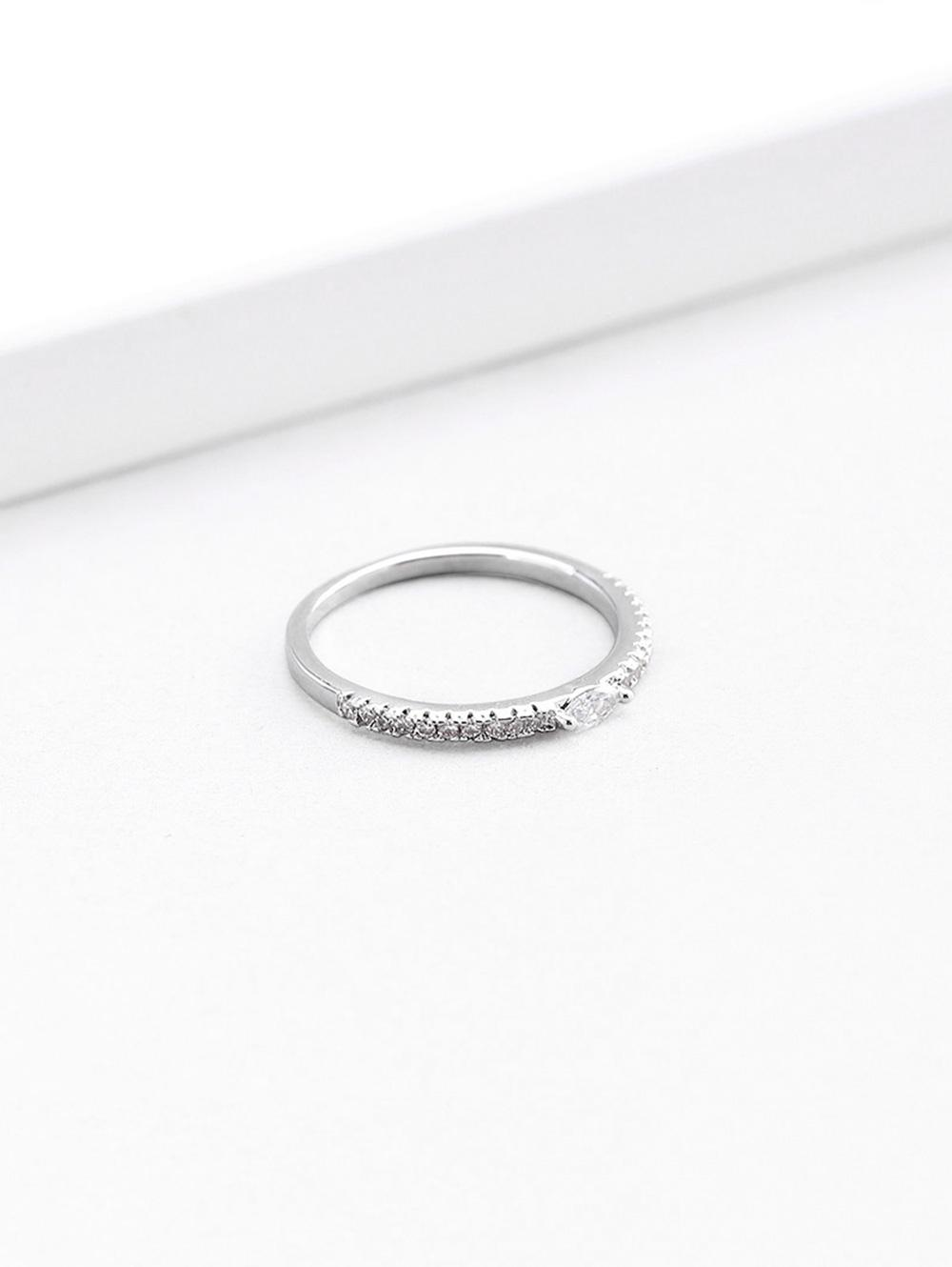 Artificial Diamond Round Shape Finger Ring