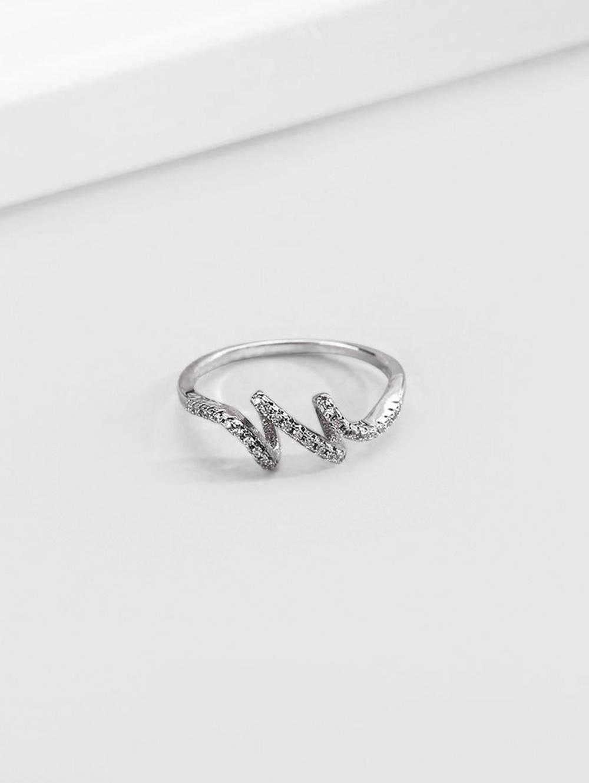 Artificial Diamond Waves Shape Finger Ring