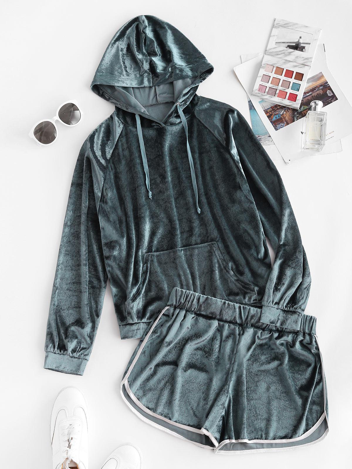 Pocket Velvet Raglan Sleeve Hooded Dolphin Shorts Set