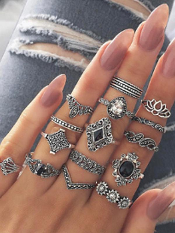 15 PCS Retro Black Gems Flower Geometric Rings Set