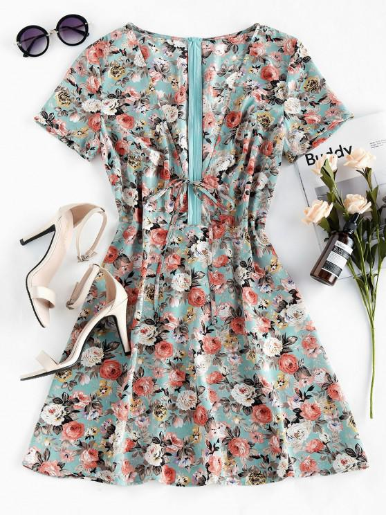 outfit ZAFUL Floral Print Plunging Neck Self Tie Dress - BABY BLUE M