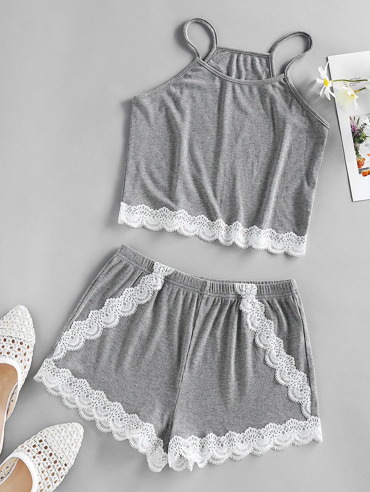 ZAFUL Contrast Lace Insert Scalloped Pajama Shorts Set