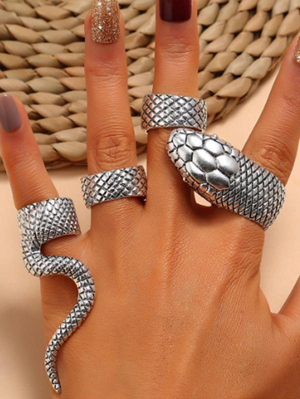 4Pcs Punk Carved Snake Ring Suit